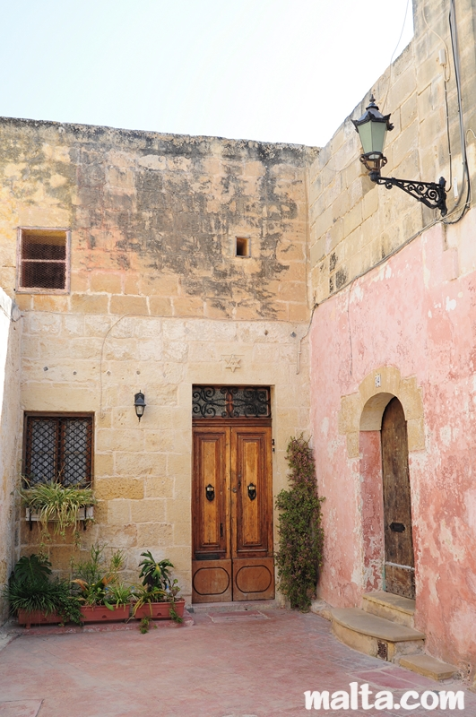 malta old alley houses - photo #40