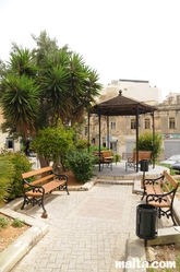 Gazebo and benches in Gzira