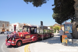 Sightseeing train tour in Mdina