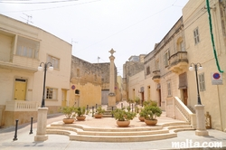 Monument in the streets of Zurrieq