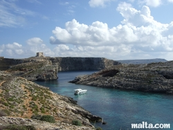 Comino's blue lagoon and cliffs