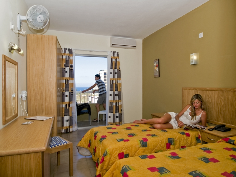 Wonderful Bedroom At The Qawra Point Holiday Complex