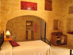 Single bedroom at Ta Cikka Farmhouse