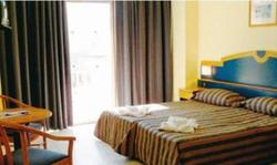 primera hotel bugibba twin room double