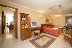 1 Bedroom Apartment at the Solana Hotel