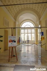 entrance of the Auberge d'Italie tourism office