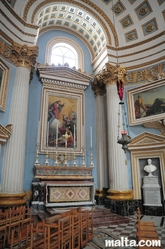 side altar in Mosta Dome