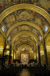 nave of St. john's cathedral valletta