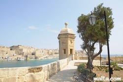 guardjola and view over the bay at Gardjola Gardens Senglea