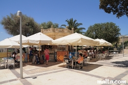 bar and refreshments at the fountain and sun in the Upper Barrakka Gardens valletta