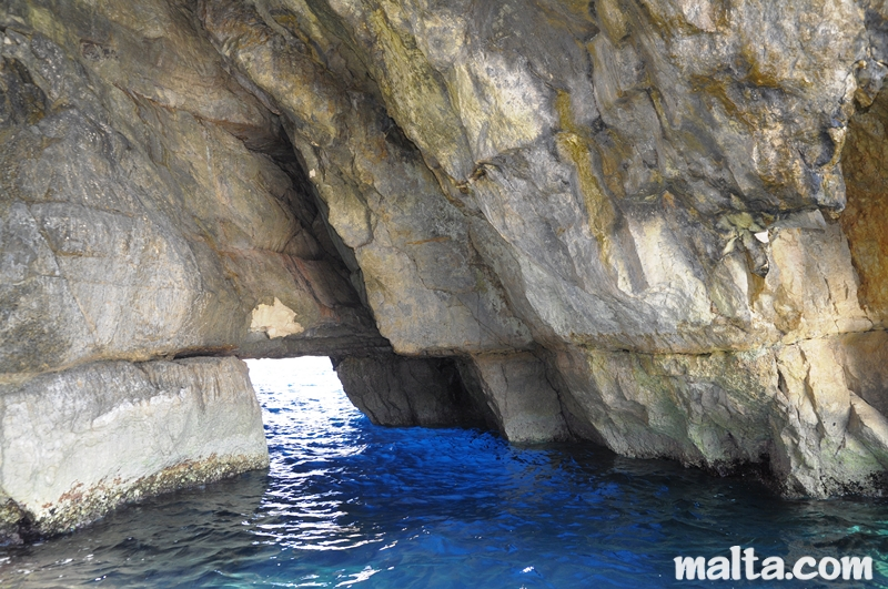 blue grotto malta how to get there
