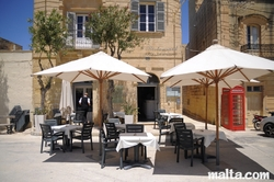 restaurant in malta