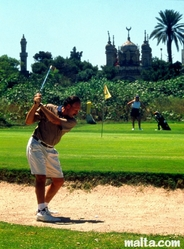 Play golf in malta